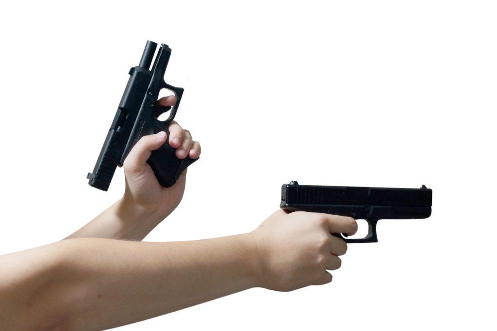 サバゲーでの二丁拳銃に関する解説